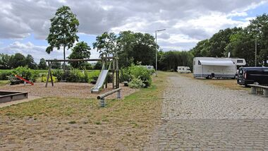 Wohnmobil- und Caravanstellplatz Ströher Lokschuppen