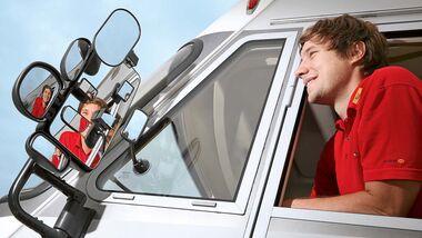 aeltere Reisemobile haben oft nur eintilige Ausssenspiegel. Weitwinkelspiegel schliessen diese Luecke im Sichtfeld.