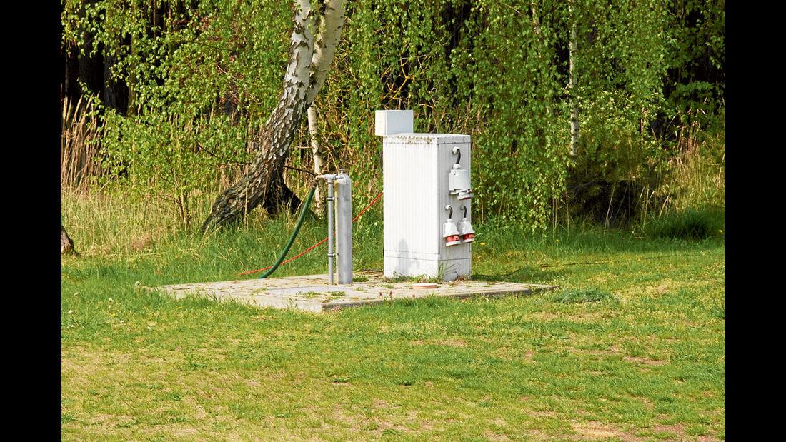 einfache Stromversorgung auf dem Stellplatz in Angern