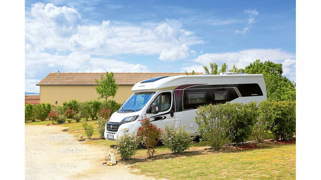 gut ausgestattetes Gelände unweit von Carcassonne.